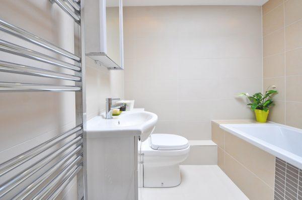Modne kształty grzejników łazienkowych